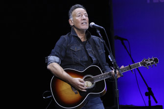 Rock legend Bruce Springsteen has one big condition for fans wishing to attend the reprisal of his one-man Springsteen on Broadway show.