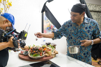 Behind the scenes with Bundjalung chef Mark Olive On Country Kitchen season 2.