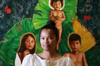 Marikit Santiago won the Sulman Prize with her work The Divine.