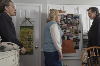 Offensive behaviour: James Remar as Richy Ryan, Cathy Moriarty as Dottie Ryan and Kevin Bacon as Jackie Rohr.