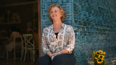 Australian author and playwright Debra Oswald will debut her one-woman show at the Griffin Theatre.