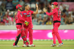 Stephen O'Keefe celebrates the controversial wicket of Mitch Marsh.