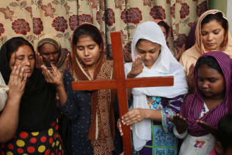 In Pakistan, Christians pray for Asia Bibi, a Catholic mother on death row for blasphemy in Multan. She was acquitted.