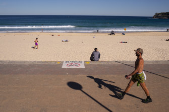 Filling up soon: A burst of beachy weather is ahead for Sydney and most of NSW for the coming long weekend.