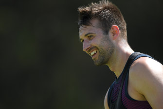 England are set to pick Mark Wood ahead of Jofra Archer for the third Test against South Africa.