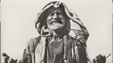 Frank Hurley, <i>Study of a local tribesman, Middle East, between 1939 and 1945</i> (detail).