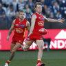 Gold Coast Suns outstrip listless Hawks