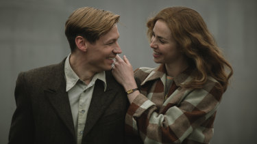 David Kross and Freya Mavor in The Keeper.