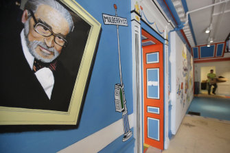 A mural featuring Theodor Seuss Geisel has been painted on a wall at The Amazing World of Dr Seuss Museum in Springfield.