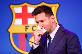 A tearful Lionel Messi addresses a media conference in Barcelona, where he has spent 21 years with the club of the same name.
