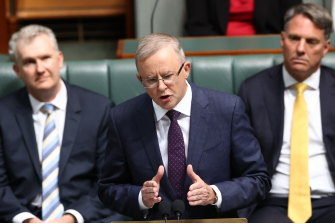 Albanese promises $10 billion fund to cut housing costs for workers