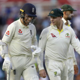 Steve Smith (right) speaks with England's Jack Leach (left) during day one of the fifth Ashes Test.