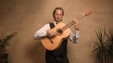 Flamenco guitarist Damian Wright embraces a wider interpretation of his pieces.