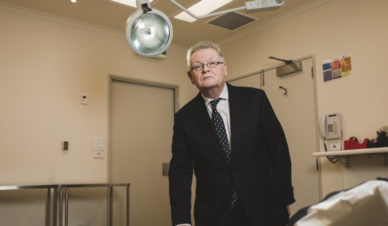 Urological surgeon Dr Maurice Mulcahy  wants the ACT Government to hold an inquiry into bullying within ACT Health.