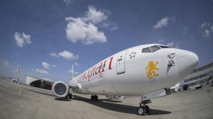Boeing to brief pilots, regulators to get 737 MAX flying again