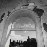 Sydney skyline as seen from one of terraces on September 16, 1981.