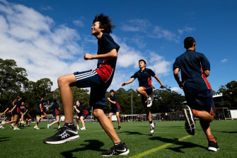 Students at Chatswood High trial short, sharp bursts of exercise during class.