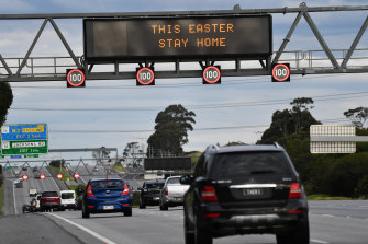 """""""This Easter stay home"""" sign on the Monash Freeway at the Jackson Road exit."""