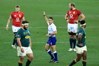 Nic Berry awards a penalty to the Lions in the first Test.