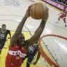 Toronto Raptors rally to take 3-1 stranglehold on NBA finals