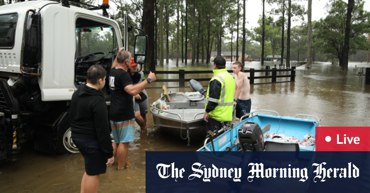 NSW weather LIVE updates: Floods across Sydney and NSW as more rain lashes the state Warragamba Dam spills – The Sydney Morning Herald
