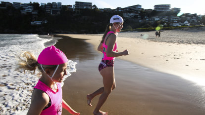 'No mingling': COVID-19 forces dramatic changes to beach activities for Nippers