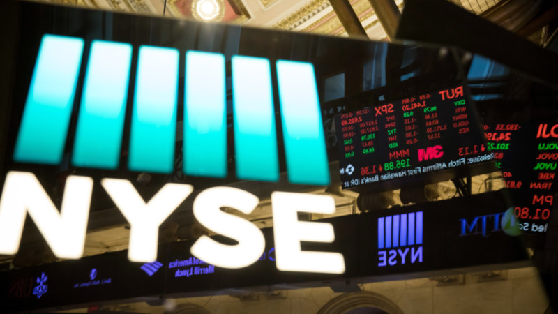 difference between new york stock exchange and nasdaq