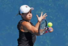 Ash Barty trains at Xavier College in Melbourne.