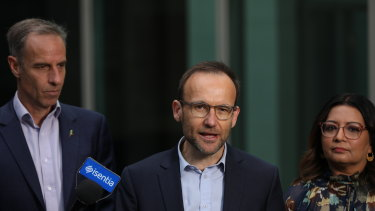 Greens senator Nick McKim will move a motion on Monday to get the federal government's planned changes to lending laws knocked off the notice paper unless it is taken to a vote.