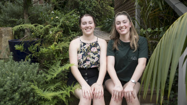 Twins Emily and Lauren McKnight received almost the same marks in their HSC.