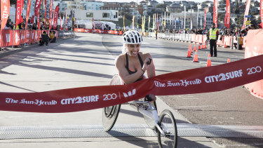 25 year old Maddison de Rozario is the first female wheelchair competitor to finish the 2018 City2Surf