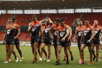 The Giants fell by eight points in an opening-round thriller which will do little to silence critics of the AFL's newest club.