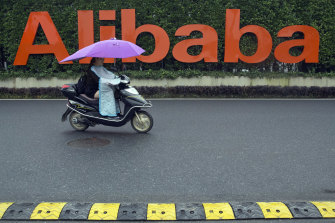 The technology world's most bruising battle is taking place in China between Tencent and Alibaba.