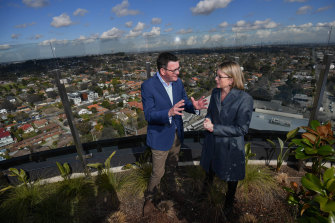 Premier Daniel Andrews and Transport Minister Jacinta Allan unveiling the planned Suburban Rail Loop just before the 2018 election.