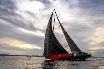Comanche arriving in Hobart to claim a line honours victory.
