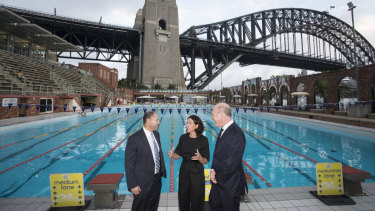 Treasurer Josh Frydenberg visited the pool with the mayor of North Sydney, Jilly Gibson, and North Sydney MP Trent Zimmerman during a campaign stop on Tuesday.