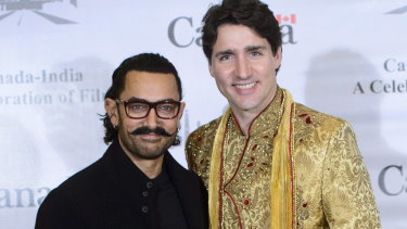 Actor or politician? Justin Trudeau meets with Indian movie star Aamir Khan.