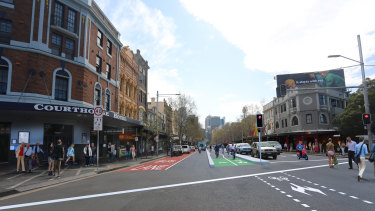 An artist's impression of the cycleway down the centre of Oxford Street.