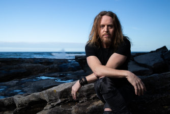 Acclaimed musician, comedian and actor Tim Minchin will perform a world premiere of his album at Perth Festival 2021.