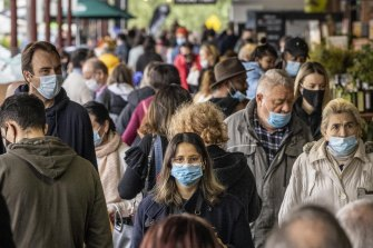 How we wear masks can dramatically affect their efficacy.