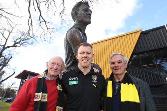 Jack Riewoldt with fellow Tigers to have played 300 games: Kevin Bartlett and Francis Bourke, in front of the statue of Jack Dyer, who played 312 games.