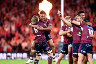 Joyous scenes as Queensland celebrate their victory.