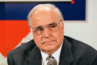 Helmut Kohl: Angela Merkel was not his expected successor.