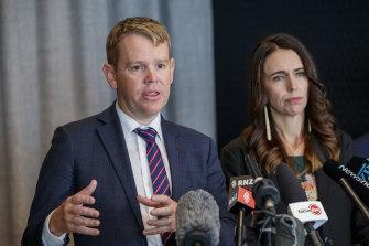 New Zealand's COVID-19 Response Minister Chris Hipkins and Prime Minister Jacinda Ardern.