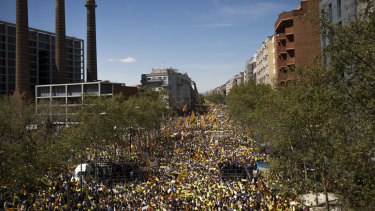The latest Catalan demonstration in Barcelona attracted hundreds of thousands of people on Sunday.