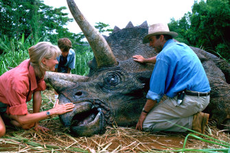 <i>Jurassic Park</i>, starring Laura Dern and Sam Neill, at one point held the record for the highest-grossing film of all time.