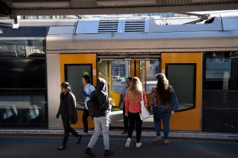 Commuters are increasingly not wearing masks on trains and buses throughout Sydney.