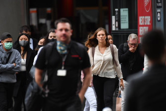 Melburnians travel to work on Monday during the COVID-19 pandemic.