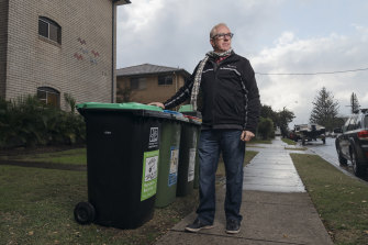 Northern Beaches Council is rolling out 330,000 new bins as part of its new waste collection service, but Narrabeen resident Scott Miller does not believe his old bins need replacing.
