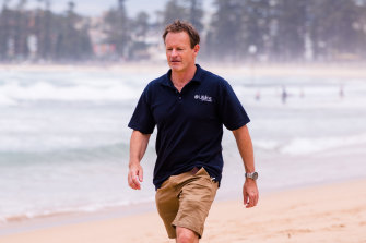 David Thomas, the chief executive of Northern Beaches Lifeline, says people who normally wouldn't call Lifeline are being pushed to the edge by the second lockdown occurring on Sydney's northern beaches.